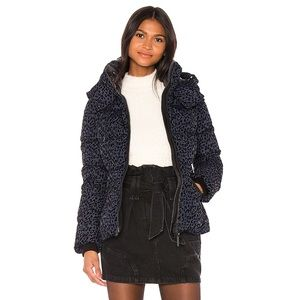Mackage Madalyn Down puff jacket (Fits like XS)